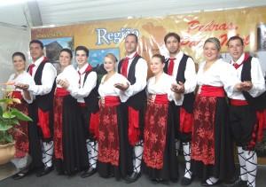 Gruppo Folkloristico Piccolo Pavone fez belíssima apresentação