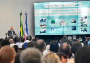 O encontro foi realizado pelo Governo do Estado, por meio da Aderes, e contou com presença do governador Paulo Hartung; do secretário estadual de Desenvolvimento, José Eduardo Azevedo, e do secretário nacional de Economia Solidária, Natalino Oldakoski, entre outras autoridades.